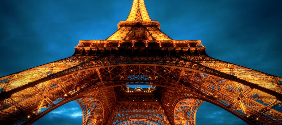 Plongez à la Tour Eiffel